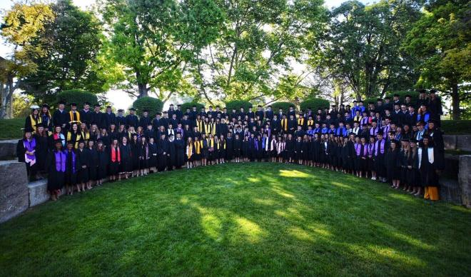 Group photo of the College of Idaho Class of 2018.